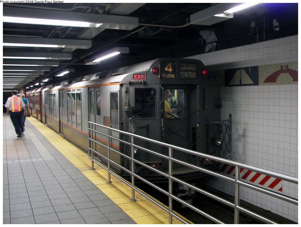 (273k, 1044x788)<br><b>Country:</b> United States<br><b>City:</b> New York<br><b>System:</b> New York City Transit<br><b>Line:</b> IRT Times Square-Grand Central Shuttle<br><b>Location:</b> Grand Central <br><b>Route:</b> Transit Museum Nostalgia Train<br><b>Car:</b> R-12 (American Car & Foundry, 1948) 5760 <br><b>Photo by:</b> David-Paul Gerber<br><b>Date:</b> 8/2/2008<br><b>Viewed (this week/total):</b> 1 / 1626