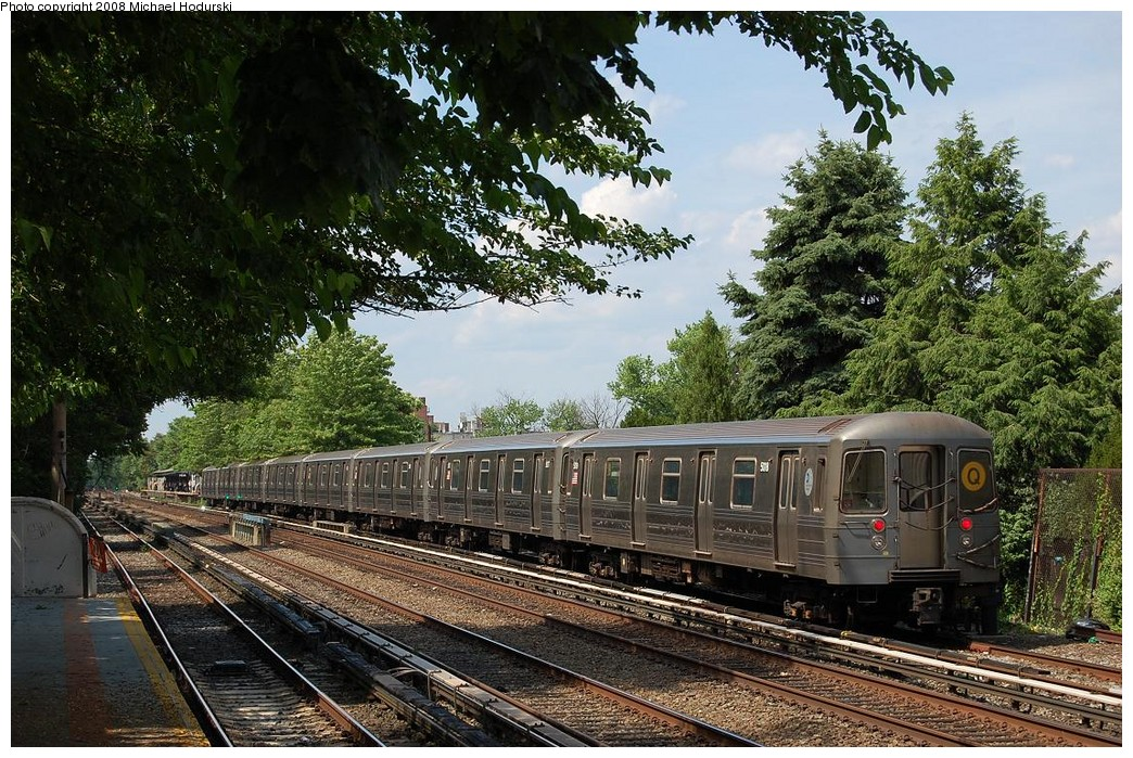 (330k, 1044x699)<br><b>Country:</b> United States<br><b>City:</b> New York<br><b>System:</b> New York City Transit<br><b>Line:</b> BMT Brighton Line<br><b>Location:</b> Neck Road <br><b>Route:</b> Q<br><b>Car:</b> R-68A (Kawasaki, 1988-1989)  5018 <br><b>Photo by:</b> Michael Hodurski<br><b>Date:</b> 6/24/2008<br><b>Viewed (this week/total):</b> 0 / 1322