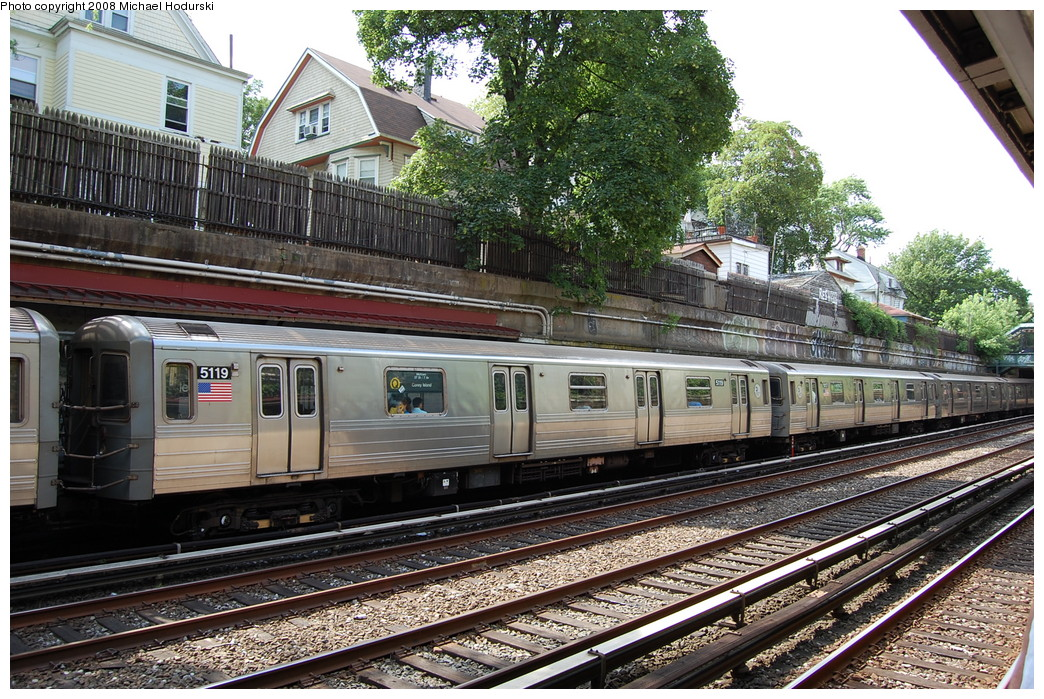 (366k, 1044x699)<br><b>Country:</b> United States<br><b>City:</b> New York<br><b>System:</b> New York City Transit<br><b>Line:</b> BMT Brighton Line<br><b>Location:</b> Beverley Road <br><b>Route:</b> Q<br><b>Car:</b> R-68A (Kawasaki, 1988-1989)  5119 <br><b>Photo by:</b> Michael Hodurski<br><b>Date:</b> 6/24/2008<br><b>Viewed (this week/total):</b> 0 / 1301