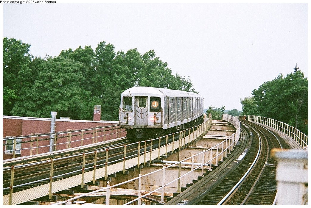 (279k, 1044x699)<br><b>Country:</b> United States<br><b>City:</b> New York<br><b>System:</b> New York City Transit<br><b>Line:</b> BMT Nassau Street/Jamaica Line<br><b>Location:</b> 102nd-104th Streets <br><b>Route:</b> J<br><b>Car:</b> R-42 (St. Louis, 1969-1970)  4720 <br><b>Photo by:</b> John Barnes<br><b>Date:</b> 7/27/2008<br><b>Viewed (this week/total):</b> 0 / 1746