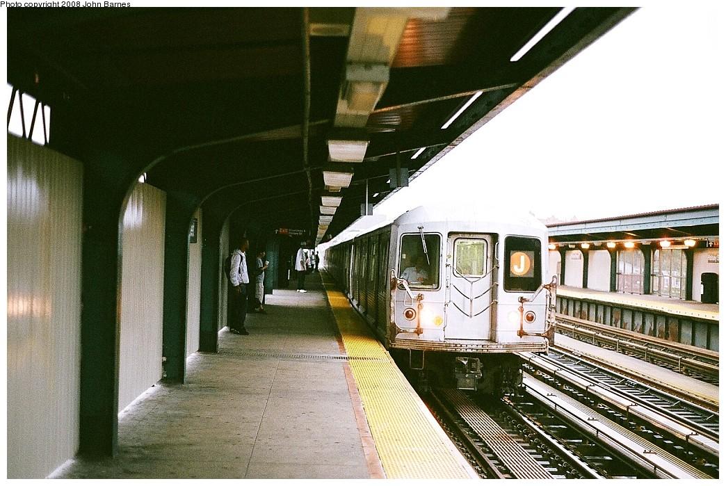 (254k, 1044x699)<br><b>Country:</b> United States<br><b>City:</b> New York<br><b>System:</b> New York City Transit<br><b>Line:</b> BMT Nassau Street/Jamaica Line<br><b>Location:</b> Halsey Street <br><b>Route:</b> J<br><b>Car:</b> R-42 (St. Louis, 1969-1970)  4833 <br><b>Photo by:</b> John Barnes<br><b>Date:</b> 7/27/2008<br><b>Viewed (this week/total):</b> 1 / 1591