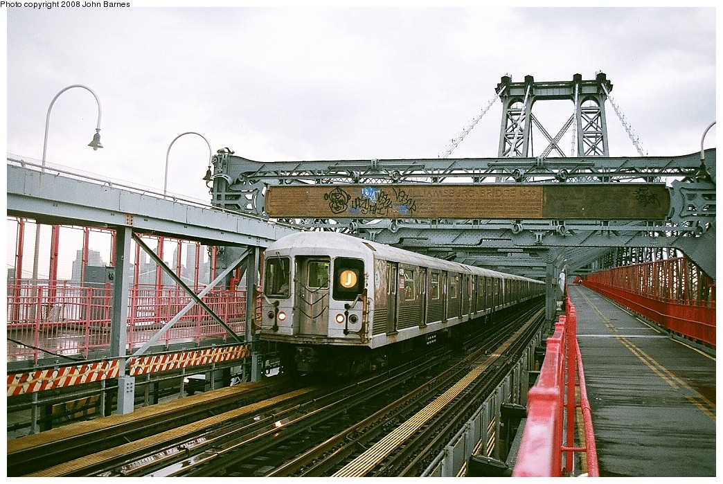 (287k, 1044x699)<br><b>Country:</b> United States<br><b>City:</b> New York<br><b>System:</b> New York City Transit<br><b>Line:</b> BMT Nassau Street/Jamaica Line<br><b>Location:</b> Williamsburg Bridge<br><b>Route:</b> J<br><b>Car:</b> R-42 (St. Louis, 1969-1970)  4709 <br><b>Photo by:</b> John Barnes<br><b>Date:</b> 7/27/2008<br><b>Viewed (this week/total):</b> 0 / 2373