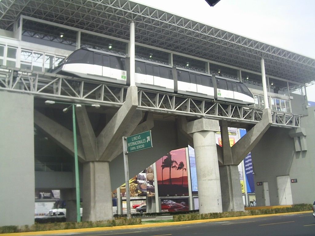 (178k, 1024x768)<br><b>Country:</b> Mexico<br><b>City:</b> Mexico City<br><b>System:</b> Mexico City International Airport People Mover<br><b>Photo by:</b> Jorge Arturo Monzón Abarca<br><b>Date:</b> 1/13/2008<br><b>Notes:</b> New people mover connecting terminals at Mexico City's airport.<br><b>Viewed (this week/total):</b> 0 / 634