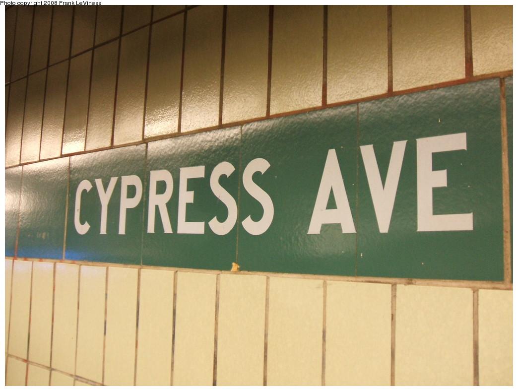 (179k, 1044x788)<br><b>Country:</b> United States<br><b>City:</b> New York<br><b>System:</b> New York City Transit<br><b>Line:</b> IRT Pelham Line<br><b>Location:</b> Cypress Avenue <br><b>Photo by:</b> Frank LeViness<br><b>Date:</b> 7/31/2007<br><b>Notes:</b> 1960s extension with Cypress Ave. on tile band.<br><b>Viewed (this week/total):</b> 3 / 1380