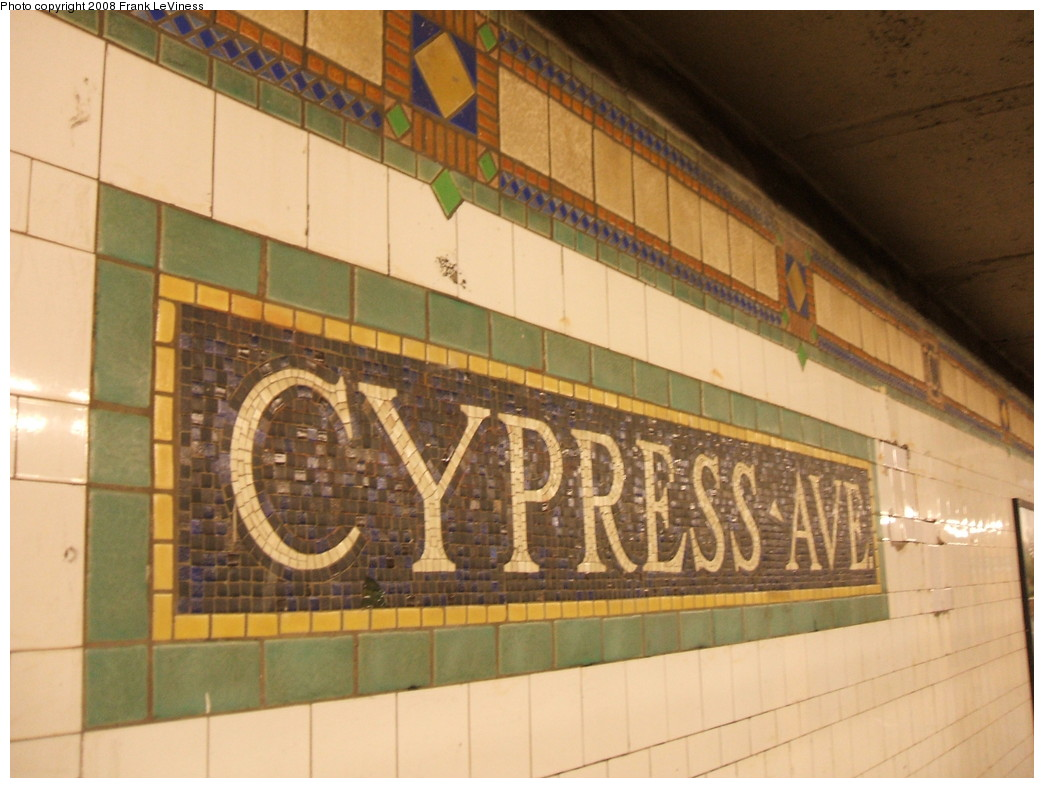 (200k, 1044x788)<br><b>Country:</b> United States<br><b>City:</b> New York<br><b>System:</b> New York City Transit<br><b>Line:</b> IRT Pelham Line<br><b>Location:</b> Cypress Avenue <br><b>Photo by:</b> Frank LeViness<br><b>Date:</b> 7/31/2007<br><b>Notes:</b> Cypress Ave name tablet.<br><b>Viewed (this week/total):</b> 5 / 1244