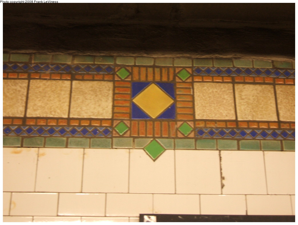 (159k, 1044x788)<br><b>Country:</b> United States<br><b>City:</b> New York<br><b>System:</b> New York City Transit<br><b>Line:</b> IRT Pelham Line<br><b>Location:</b> Cypress Avenue <br><b>Photo by:</b> Frank LeViness<br><b>Date:</b> 7/31/2007<br><b>Notes:</b> Tile band mosaic.<br><b>Viewed (this week/total):</b> 1 / 1172