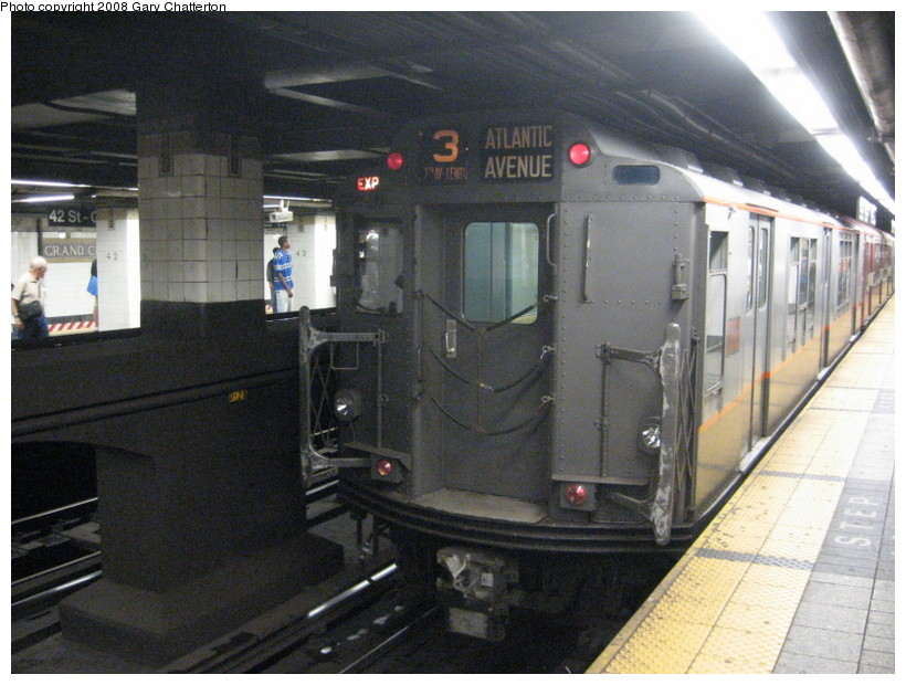 (145k, 820x620)<br><b>Country:</b> United States<br><b>City:</b> New York<br><b>System:</b> New York City Transit<br><b>Line:</b> IRT East Side Line<br><b>Location:</b> Grand Central <br><b>Route:</b> Transit Museum Nostalgia Train<br><b>Car:</b> R-12 (American Car & Foundry, 1948) 5760 <br><b>Photo by:</b> Gary Chatterton<br><b>Date:</b> 8/2/2008<br><b>Viewed (this week/total):</b> 0 / 1770