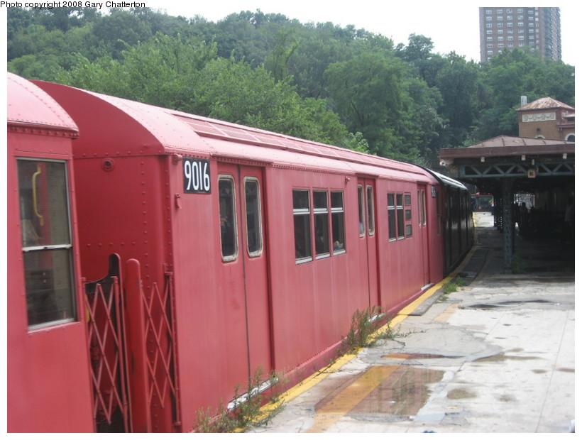 (133k, 820x620)<br><b>Country:</b> United States<br><b>City:</b> New York<br><b>System:</b> New York City Transit<br><b>Line:</b> IRT West Side Line<br><b>Location:</b> Dyckman Street <br><b>Route:</b> Transit Museum Nostalgia Train<br><b>Car:</b> R-33 Main Line (St. Louis, 1962-63) 9016 <br><b>Photo by:</b> Gary Chatterton<br><b>Date:</b> 8/2/2008<br><b>Viewed (this week/total):</b> 2 / 1307