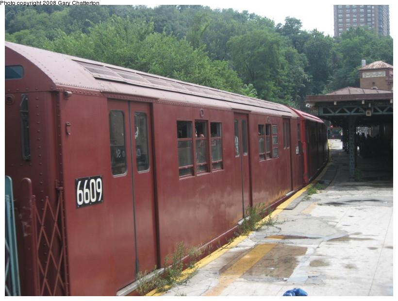 (132k, 820x620)<br><b>Country:</b> United States<br><b>City:</b> New York<br><b>System:</b> New York City Transit<br><b>Line:</b> IRT West Side Line<br><b>Location:</b> Dyckman Street <br><b>Route:</b> Transit Museum Nostalgia Train<br><b>Car:</b> R-17 (St. Louis, 1955-56) 6609 <br><b>Photo by:</b> Gary Chatterton<br><b>Date:</b> 8/2/2008<br><b>Viewed (this week/total):</b> 0 / 1442