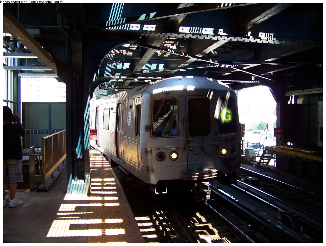 (321k, 1044x788)<br><b>Country:</b> United States<br><b>City:</b> New York<br><b>System:</b> New York City Transit<br><b>Line:</b> BMT Culver Line<br><b>Location:</b> West 8th Street <br><b>Route:</b> G<br><b>Car:</b> R-46 (Pullman-Standard, 1974-75) 5978 <br><b>Photo by:</b> DeAndre Burrell<br><b>Date:</b> 8/9/2007<br><b>Viewed (this week/total):</b> 3 / 1680
