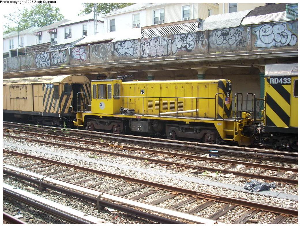 (399k, 1044x788)<br><b>Country:</b> United States<br><b>City:</b> New York<br><b>System:</b> New York City Transit<br><b>Line:</b> BMT Sea Beach Line<br><b>Location:</b> Avenue U <br><b>Route:</b> Work Service<br><b>Car:</b> R-52 Locomotive  78 <br><b>Photo by:</b> Zach Summer<br><b>Date:</b> 7/10/2008<br><b>Viewed (this week/total):</b> 2 / 1357