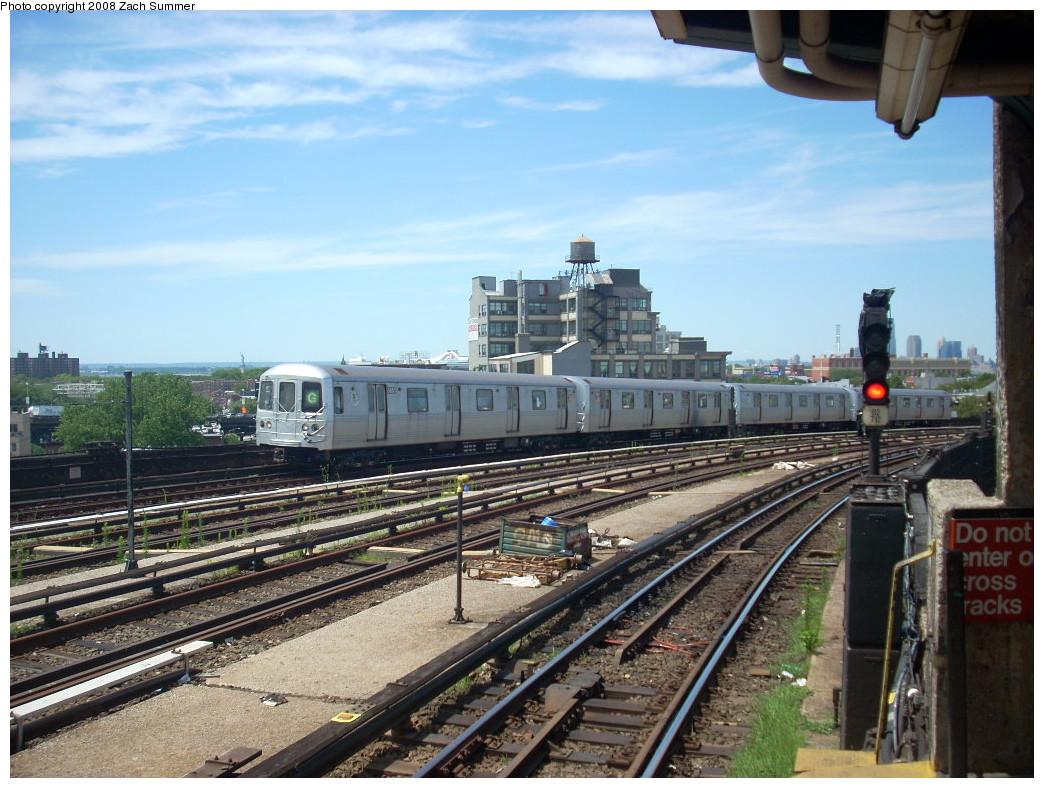 (278k, 1044x788)<br><b>Country:</b> United States<br><b>City:</b> New York<br><b>System:</b> New York City Transit<br><b>Line:</b> IND Crosstown Line<br><b>Location:</b> Smith/9th Street <br><b>Route:</b> G<br><b>Car:</b> R-46 (Pullman-Standard, 1974-75) 5850 <br><b>Photo by:</b> Zach Summer<br><b>Date:</b> 7/10/2008<br><b>Viewed (this week/total):</b> 1 / 1554