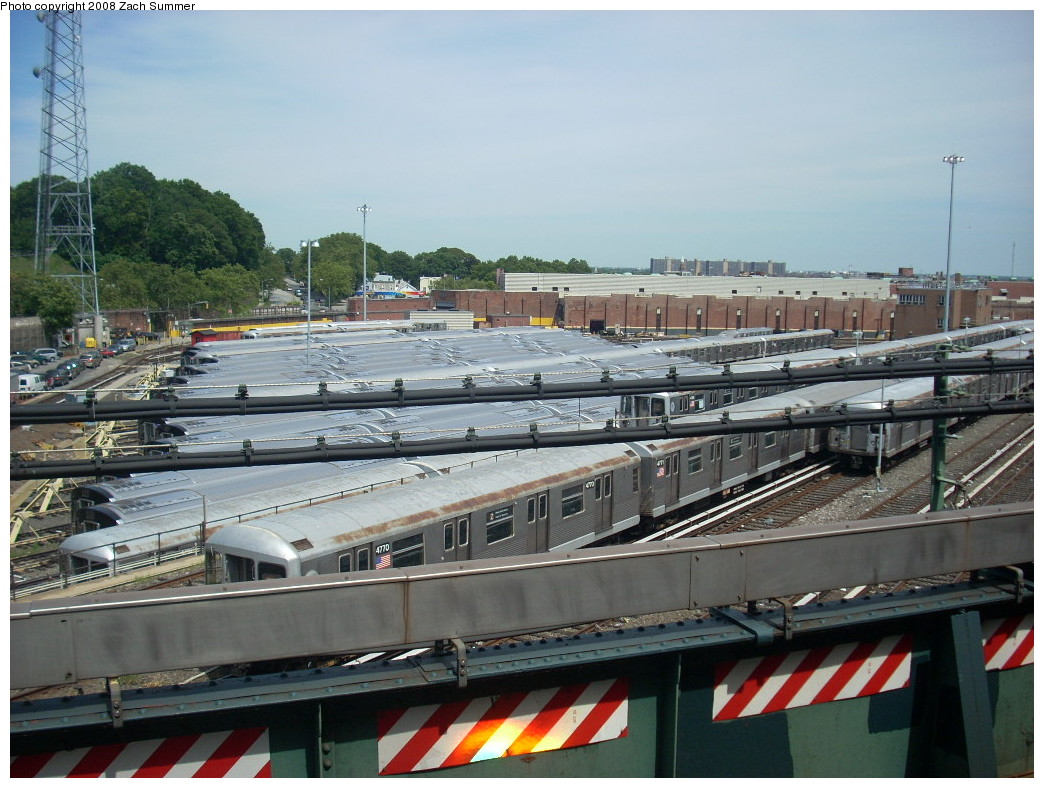 (261k, 1044x788)<br><b>Country:</b> United States<br><b>City:</b> New York<br><b>System:</b> New York City Transit<br><b>Location:</b> East New York Yard/Shops<br><b>Photo by:</b> Zach Summer<br><b>Date:</b> 7/10/2008<br><b>Viewed (this week/total):</b> 0 / 899