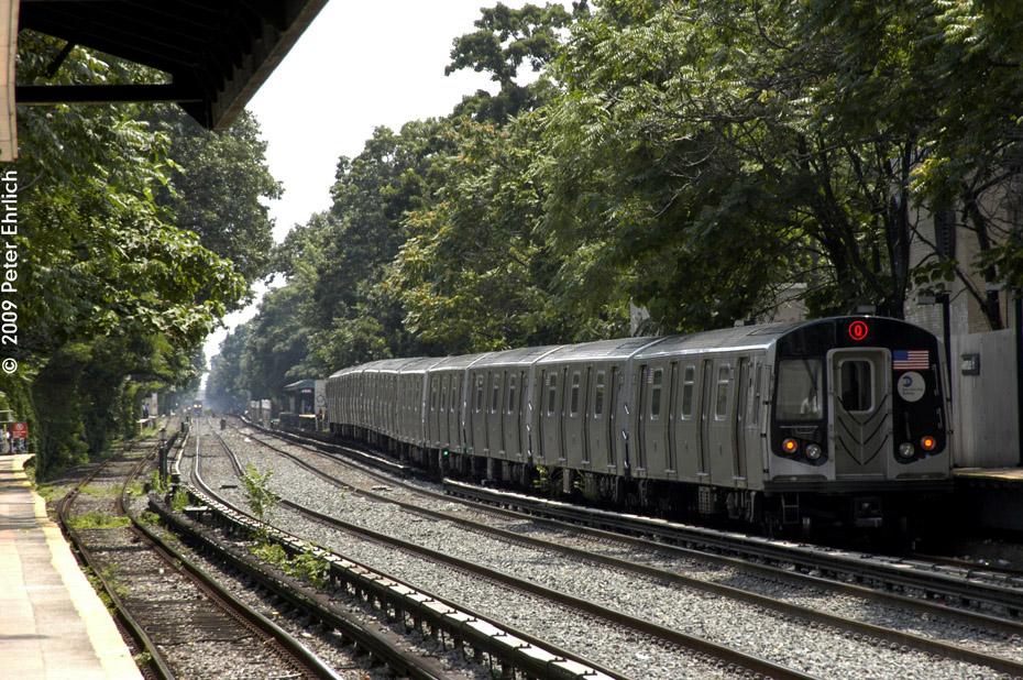 (297k, 930x618)<br><b>Country:</b> United States<br><b>City:</b> New York<br><b>System:</b> New York City Transit<br><b>Line:</b> BMT Brighton Line<br><b>Location:</b> Avenue H <br><b>Route:</b> Q<br><b>Car:</b> R-160B (Option 1) (Kawasaki, 2008-2009)  9113 <br><b>Photo by:</b> Peter Ehrlich<br><b>Date:</b> 7/22/2009<br><b>Notes:</b> Outbound<br><b>Viewed (this week/total):</b> 1 / 1133