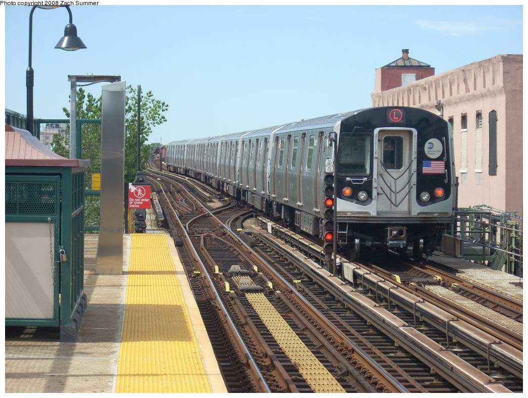 (295k, 1044x788)<br><b>Country:</b> United States<br><b>City:</b> New York<br><b>System:</b> New York City Transit<br><b>Line:</b> BMT Canarsie Line<br><b>Location:</b> Livonia Avenue <br><b>Route:</b> L<br><b>Car:</b> R-143 (Kawasaki, 2001-2002) 8309 <br><b>Photo by:</b> Zach Summer<br><b>Date:</b> 7/10/2008<br><b>Viewed (this week/total):</b> 0 / 2273