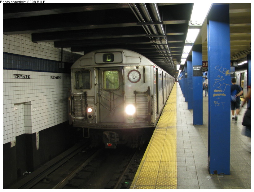 (126k, 820x620)<br><b>Country:</b> United States<br><b>City:</b> New York<br><b>System:</b> New York City Transit<br><b>Line:</b> IND Fulton Street Line<br><b>Location:</b> Broadway/East New York (Broadway Junction) <br><b>Route:</b> C<br><b>Car:</b> R-38 (St. Louis, 1966-1967)  3995 <br><b>Photo by:</b> Bill E.<br><b>Date:</b> 8/8/2008<br><b>Viewed (this week/total):</b> 0 / 1741