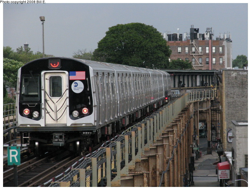 (161k, 820x620)<br><b>Country:</b> United States<br><b>City:</b> New York<br><b>System:</b> New York City Transit<br><b>Line:</b> BMT Nassau Street/Jamaica Line<br><b>Location:</b> Cypress Hills <br><b>Route:</b> J<br><b>Car:</b> R-160A-1 (Alstom, 2005-2008, 4 car sets)   <br><b>Photo by:</b> Bill E.<br><b>Date:</b> 8/8/2008<br><b>Viewed (this week/total):</b> 0 / 2274