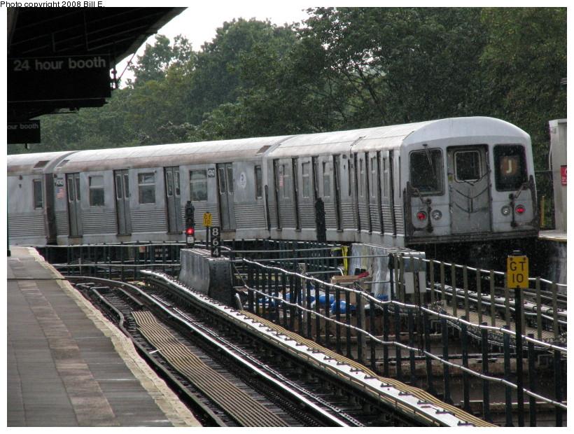 (190k, 820x620)<br><b>Country:</b> United States<br><b>City:</b> New York<br><b>System:</b> New York City Transit<br><b>Line:</b> BMT Nassau Street/Jamaica Line<br><b>Location:</b> Cypress Hills <br><b>Route:</b> J<br><b>Car:</b> R-42 (St. Louis, 1969-1970)  4740 <br><b>Photo by:</b> Bill E.<br><b>Date:</b> 8/8/2008<br><b>Viewed (this week/total):</b> 0 / 1739