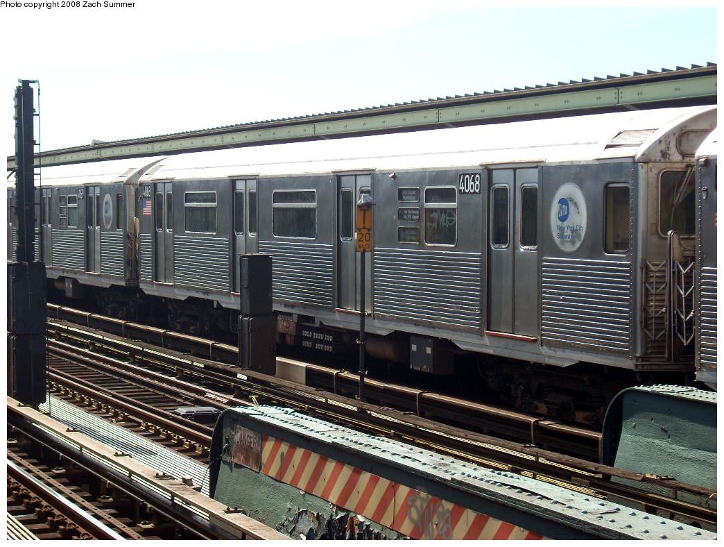 (320k, 1044x788)<br><b>Country:</b> United States<br><b>City:</b> New York<br><b>System:</b> New York City Transit<br><b>Line:</b> IND Fulton Street Line<br><b>Location:</b> 80th Street/Hudson Street <br><b>Route:</b> A<br><b>Car:</b> R-38 (St. Louis, 1966-1967)  4068 <br><b>Photo by:</b> Zach Summer<br><b>Date:</b> 7/10/2008<br><b>Viewed (this week/total):</b> 1 / 1214