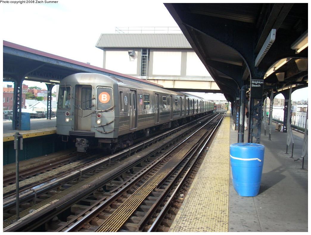 (284k, 1044x788)<br><b>Country:</b> United States<br><b>City:</b> New York<br><b>System:</b> New York City Transit<br><b>Line:</b> BMT Brighton Line<br><b>Location:</b> Brighton Beach <br><b>Route:</b> B<br><b>Car:</b> R-68A (Kawasaki, 1988-1989)  5102 <br><b>Photo by:</b> Zach Summer<br><b>Date:</b> 7/10/2008<br><b>Viewed (this week/total):</b> 0 / 1650