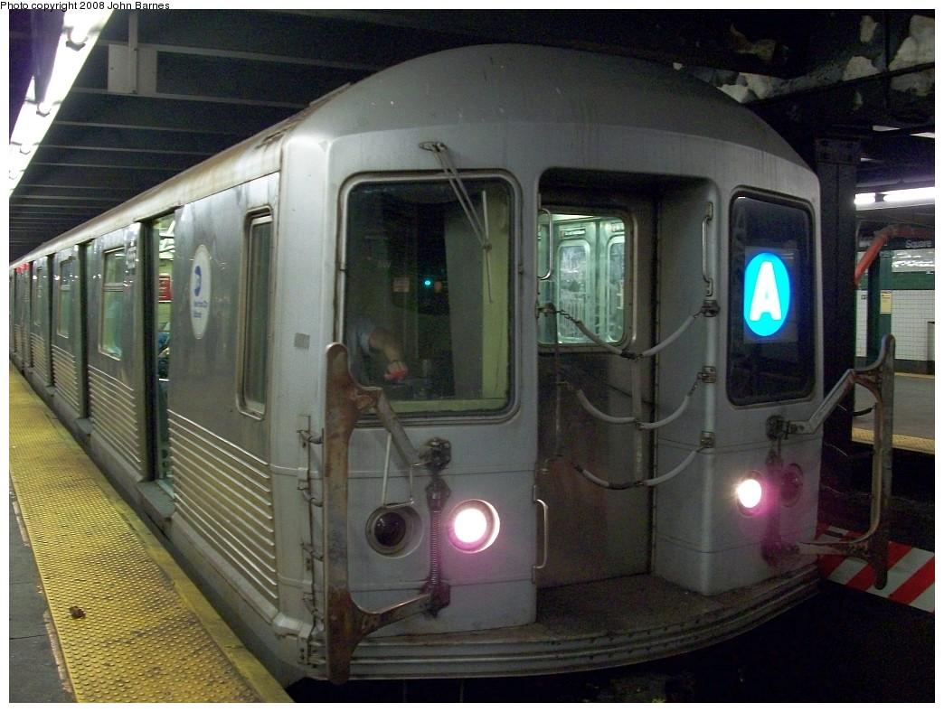 (224k, 1044x788)<br><b>Country:</b> United States<br><b>City:</b> New York<br><b>System:</b> New York City Transit<br><b>Line:</b> IND 8th Avenue Line<br><b>Location:</b> West 4th Street/Washington Square <br><b>Route:</b> A<br><b>Car:</b> R-42 (St. Louis, 1969-1970)  4555 <br><b>Photo by:</b> John Barnes<br><b>Date:</b> 8/7/2008<br><b>Viewed (this week/total):</b> 0 / 1880
