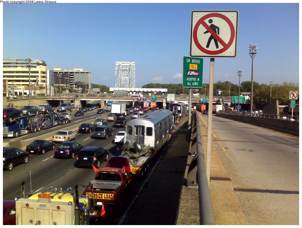 (230k, 1044x788)<br><b>Country:</b> United States<br><b>City:</b> New York<br><b>System:</b> New York City Transit<br><b>Location:</b> George Washington Bridge<br><b>Car:</b> R-160A-1 (Alstom, 2005-2008, 4 car sets)   <br><b>Photo by:</b> Lewis Strauss<br><b>Date:</b> 8/6/2008<br><b>Notes:</b> R-160As waiting to cross the GWB with the evening wide load convoy, en route from Alstom's Pennsylvania facility.<br><b>Viewed (this week/total):</b> 0 / 3334