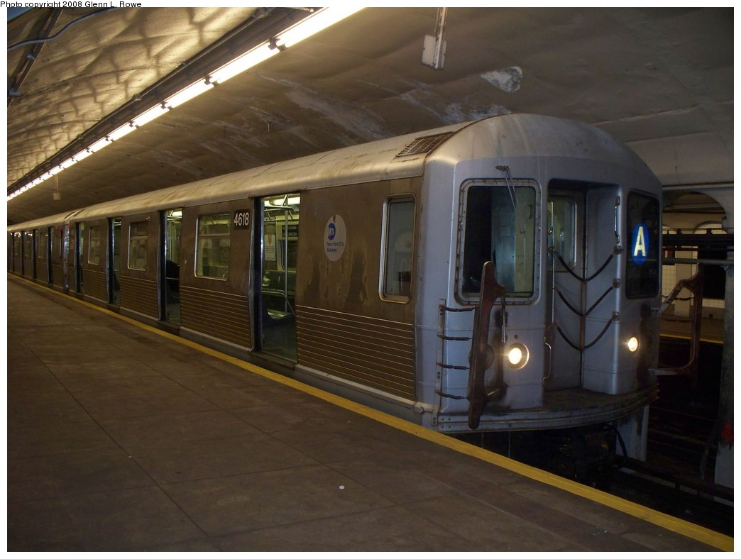 (179k, 1044x788)<br><b>Country:</b> United States<br><b>City:</b> New York<br><b>System:</b> New York City Transit<br><b>Line:</b> IND 8th Avenue Line<br><b>Location:</b> 190th Street/Overlook Terrace <br><b>Route:</b> A<br><b>Car:</b> R-42 (St. Louis, 1969-1970)  4618 <br><b>Photo by:</b> Glenn L. Rowe<br><b>Date:</b> 8/11/2008<br><b>Viewed (this week/total):</b> 1 / 1290