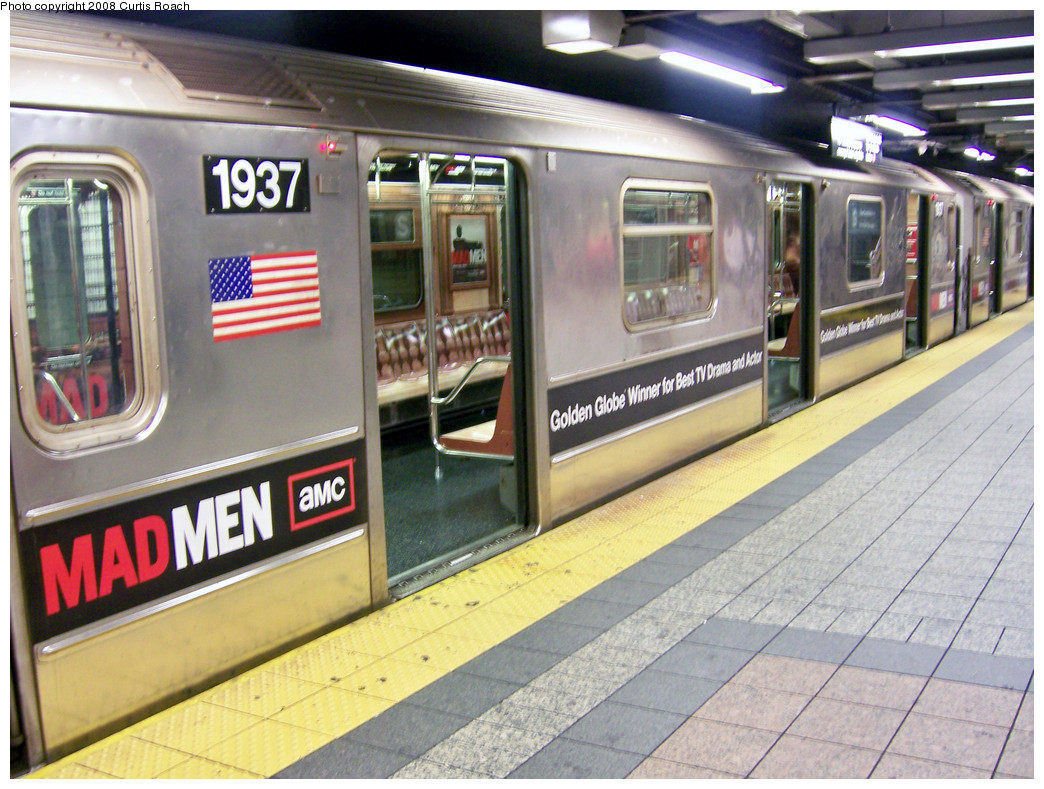 (317k, 1044x789)<br><b>Country:</b> United States<br><b>City:</b> New York<br><b>System:</b> New York City Transit<br><b>Line:</b> IRT Times Square-Grand Central Shuttle<br><b>Location:</b> Grand Central <br><b>Route:</b> S<br><b>Car:</b> R-62A (Bombardier, 1984-1987)  1937 <br><b>Photo by:</b> Curtis Roach<br><b>Date:</b> 8/13/2008<br><b>Viewed (this week/total):</b> 0 / 2231