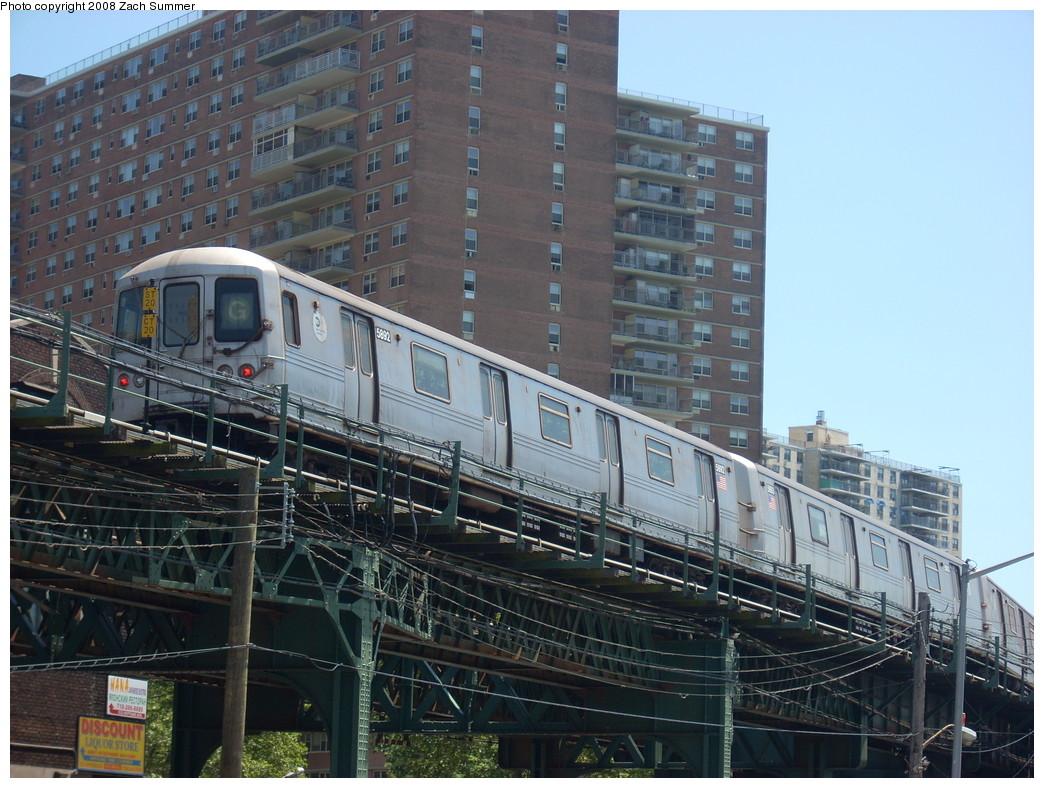 (279k, 1044x788)<br><b>Country:</b> United States<br><b>City:</b> New York<br><b>System:</b> New York City Transit<br><b>Line:</b> BMT Culver Line<br><b>Location:</b> Neptune Avenue <br><b>Route:</b> G<br><b>Car:</b> R-46 (Pullman-Standard, 1974-75) 5892 <br><b>Photo by:</b> Zach Summer<br><b>Date:</b> 7/13/2008<br><b>Viewed (this week/total):</b> 0 / 1338