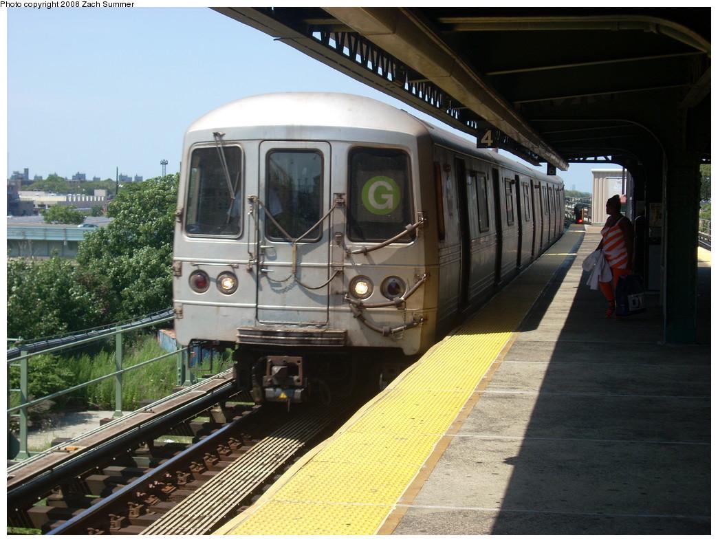 (265k, 1044x788)<br><b>Country:</b> United States<br><b>City:</b> New York<br><b>System:</b> New York City Transit<br><b>Line:</b> BMT Culver Line<br><b>Location:</b> Neptune Avenue <br><b>Route:</b> G<br><b>Car:</b> R-46 (Pullman-Standard, 1974-75)  <br><b>Photo by:</b> Zach Summer<br><b>Date:</b> 7/13/2008<br><b>Viewed (this week/total):</b> 0 / 1451