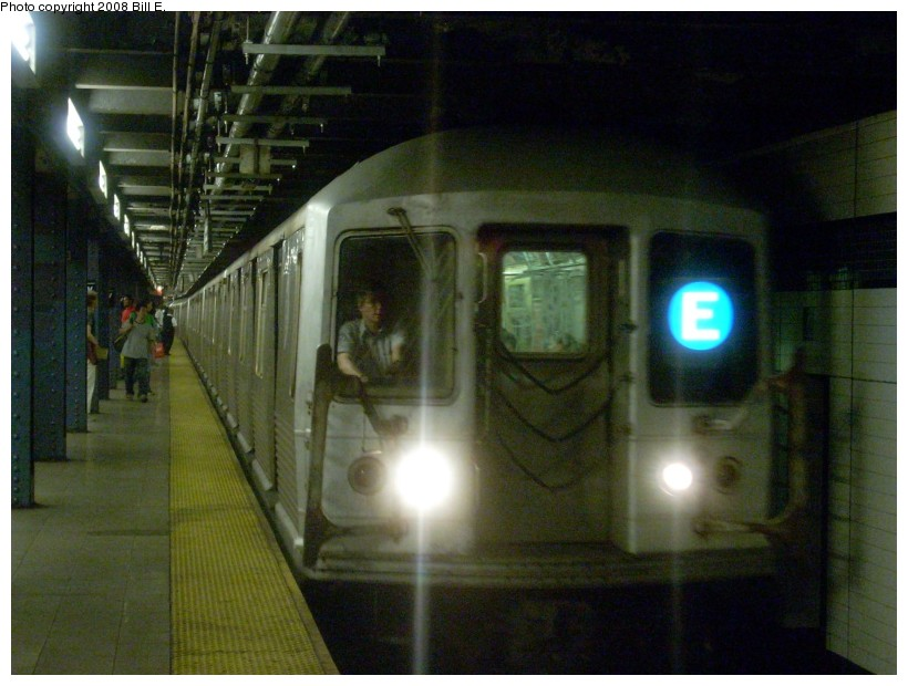 (152k, 820x620)<br><b>Country:</b> United States<br><b>City:</b> New York<br><b>System:</b> New York City Transit<br><b>Line:</b> IND Queens Boulevard Line<br><b>Location:</b> 7th Avenue/53rd Street <br><b>Route:</b> E<br><b>Car:</b> R-42 (St. Louis, 1969-1970)  4646 <br><b>Photo by:</b> Bill E.<br><b>Date:</b> 8/16/2008<br><b>Viewed (this week/total):</b> 1 / 2273