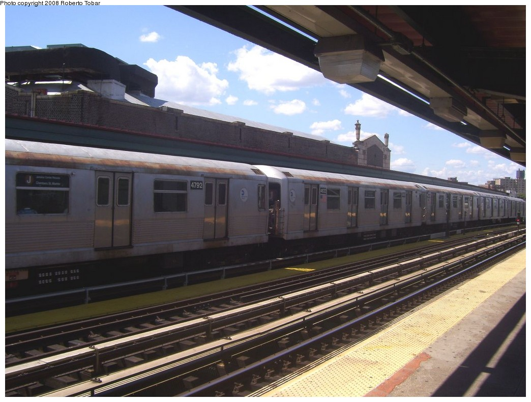 (204k, 1044x791)<br><b>Country:</b> United States<br><b>City:</b> New York<br><b>System:</b> New York City Transit<br><b>Line:</b> BMT Nassau Street/Jamaica Line<br><b>Location:</b> Chauncey Street <br><b>Route:</b> J<br><b>Car:</b> R-42 (St. Louis, 1969-1970)  4792 <br><b>Photo by:</b> Roberto C. Tobar<br><b>Date:</b> 8/16/2008<br><b>Viewed (this week/total):</b> 3 / 1664