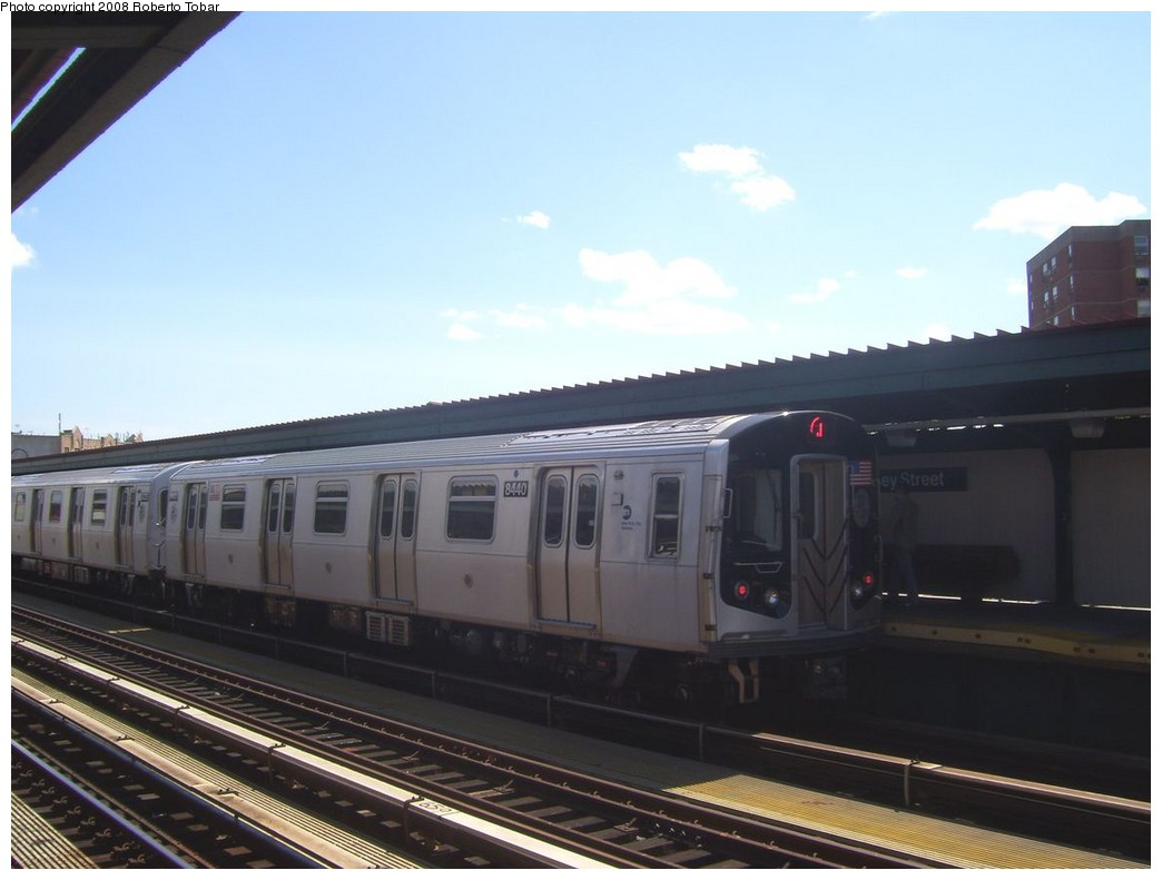 (152k, 1044x791)<br><b>Country:</b> United States<br><b>City:</b> New York<br><b>System:</b> New York City Transit<br><b>Line:</b> BMT Nassau Street/Jamaica Line<br><b>Location:</b> Halsey Street <br><b>Route:</b> J<br><b>Car:</b> R-160A-1 (Alstom, 2005-2008, 4 car sets)  8440 <br><b>Photo by:</b> Roberto C. Tobar<br><b>Date:</b> 8/16/2008<br><b>Viewed (this week/total):</b> 0 / 1413