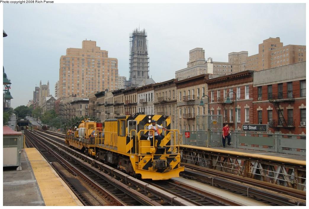 (197k, 1044x706)<br><b>Country:</b> United States<br><b>City:</b> New York<br><b>System:</b> New York City Transit<br><b>Line:</b> IRT West Side Line<br><b>Location:</b> 125th Street <br><b>Route:</b> Work Service<br><b>Car:</b> R-77 Locomotive  899 <br><b>Photo by:</b> Richard Panse<br><b>Date:</b> 8/2/2008<br><b>Viewed (this week/total):</b> 7 / 1987