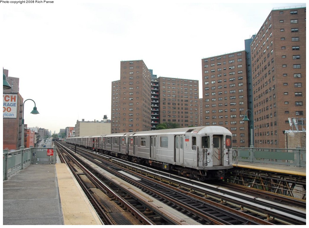 (194k, 1044x772)<br><b>Country:</b> United States<br><b>City:</b> New York<br><b>System:</b> New York City Transit<br><b>Line:</b> IRT West Side Line<br><b>Location:</b> 125th Street <br><b>Route:</b> 1<br><b>Car:</b> R-62A (Bombardier, 1984-1987)  2320 <br><b>Photo by:</b> Richard Panse<br><b>Date:</b> 8/2/2008<br><b>Viewed (this week/total):</b> 1 / 1344