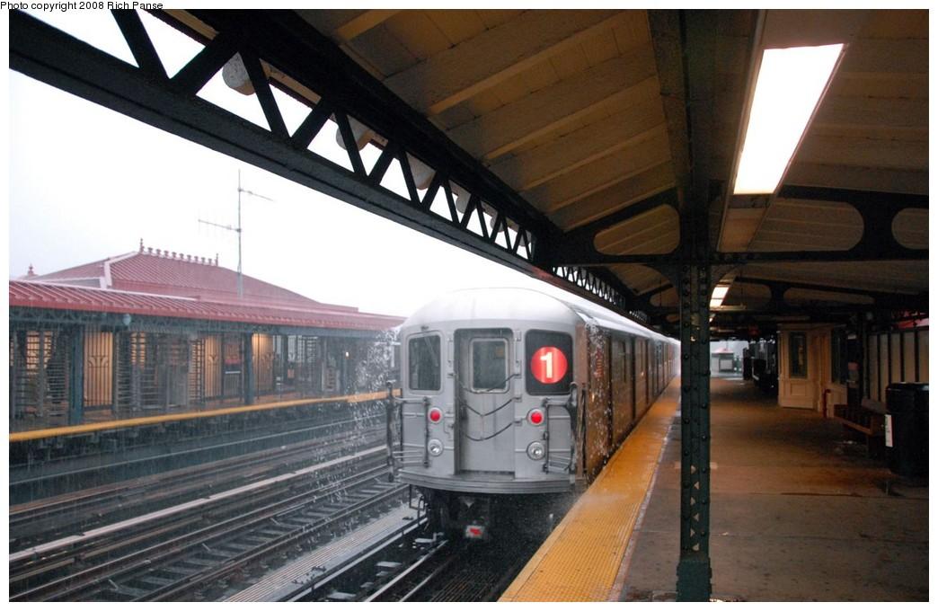 (170k, 1044x680)<br><b>Country:</b> United States<br><b>City:</b> New York<br><b>System:</b> New York City Transit<br><b>Line:</b> IRT West Side Line<br><b>Location:</b> 231st Street <br><b>Route:</b> 1<br><b>Car:</b> R-62A (Bombardier, 1984-1987)   <br><b>Photo by:</b> Richard Panse<br><b>Date:</b> 8/2/2008<br><b>Viewed (this week/total):</b> 2 / 1930