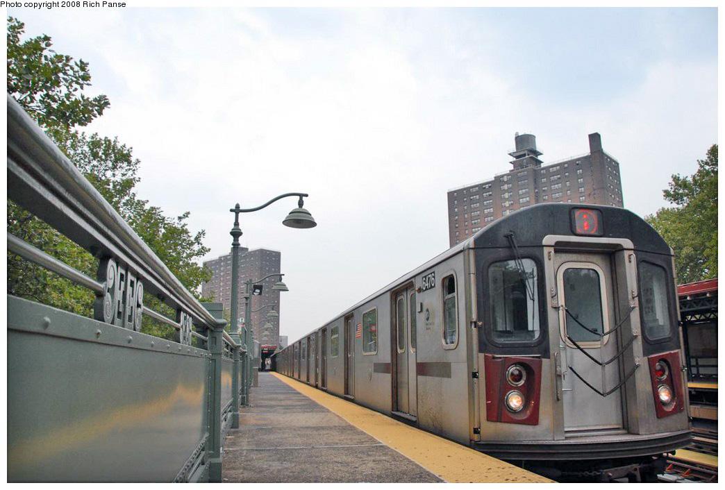 (223k, 1044x706)<br><b>Country:</b> United States<br><b>City:</b> New York<br><b>System:</b> New York City Transit<br><b>Line:</b> IRT White Plains Road Line<br><b>Location:</b> Jackson Avenue <br><b>Route:</b> 2<br><b>Car:</b> R-142 (Primary Order, Bombardier, 1999-2002)  6476 <br><b>Photo by:</b> Richard Panse<br><b>Date:</b> 8/2/2008<br><b>Viewed (this week/total):</b> 0 / 1446