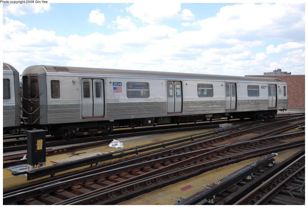(218k, 1044x705)<br><b>Country:</b> United States<br><b>City:</b> New York<br><b>System:</b> New York City Transit<br><b>Location:</b> Coney Island/Stillwell Avenue<br><b>Route:</b> D<br><b>Car:</b> R-68 (Westinghouse-Amrail, 1986-1988)  2534 <br><b>Photo by:</b> Gin Yee<br><b>Date:</b> 8/17/2008<br><b>Viewed (this week/total):</b> 2 / 1278