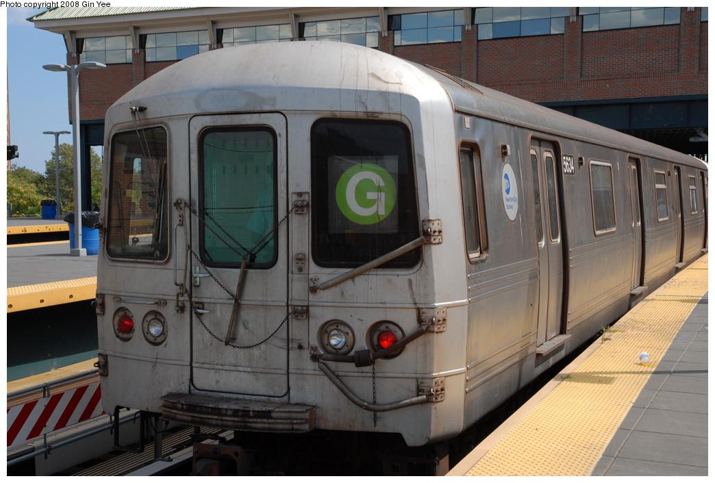 (226k, 1044x705)<br><b>Country:</b> United States<br><b>City:</b> New York<br><b>System:</b> New York City Transit<br><b>Location:</b> Coney Island/Stillwell Avenue<br><b>Route:</b> G<br><b>Car:</b> R-46 (Pullman-Standard, 1974-75) 5634 <br><b>Photo by:</b> Gin Yee<br><b>Date:</b> 8/17/2008<br><b>Viewed (this week/total):</b> 1 / 1139