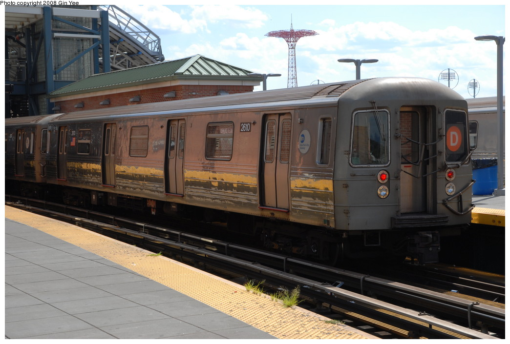 (223k, 1044x705)<br><b>Country:</b> United States<br><b>City:</b> New York<br><b>System:</b> New York City Transit<br><b>Location:</b> Coney Island/Stillwell Avenue<br><b>Route:</b> D<br><b>Car:</b> R-68 (Westinghouse-Amrail, 1986-1988)  2610 <br><b>Photo by:</b> Gin Yee<br><b>Date:</b> 8/17/2008<br><b>Viewed (this week/total):</b> 0 / 1142