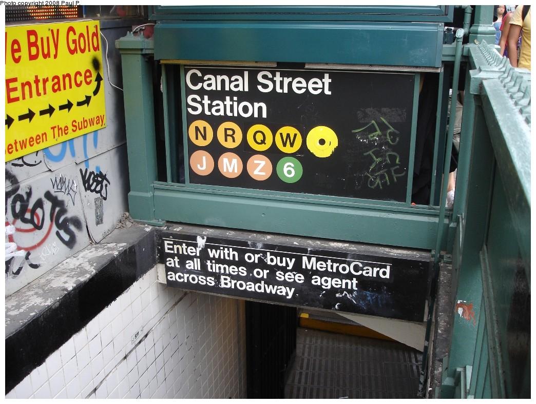 (240k, 1044x788)<br><b>Country:</b> United States<br><b>City:</b> New York<br><b>System:</b> New York City Transit<br><b>Line:</b> BMT Broadway Line<br><b>Location:</b> Canal Street <br><b>Photo by:</b> Paul P.<br><b>Date:</b> 6/25/2008<br><b>Notes:</b> Station entrance.<br><b>Viewed (this week/total):</b> 3 / 3316