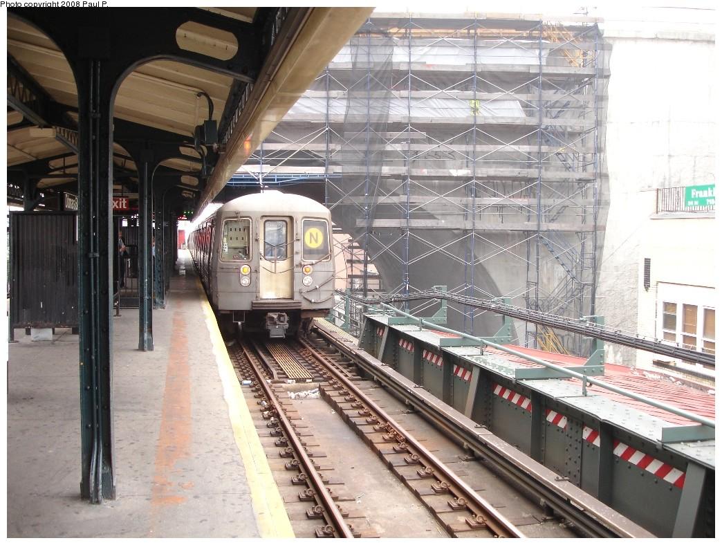 (252k, 1044x788)<br><b>Country:</b> United States<br><b>City:</b> New York<br><b>System:</b> New York City Transit<br><b>Line:</b> BMT Astoria Line<br><b>Location:</b> Ditmars Boulevard <br><b>Route:</b> N<br><b>Car:</b> R-68 (Westinghouse-Amrail, 1986-1988)  2904 <br><b>Photo by:</b> Paul P.<br><b>Date:</b> 7/5/2008<br><b>Viewed (this week/total):</b> 3 / 2886