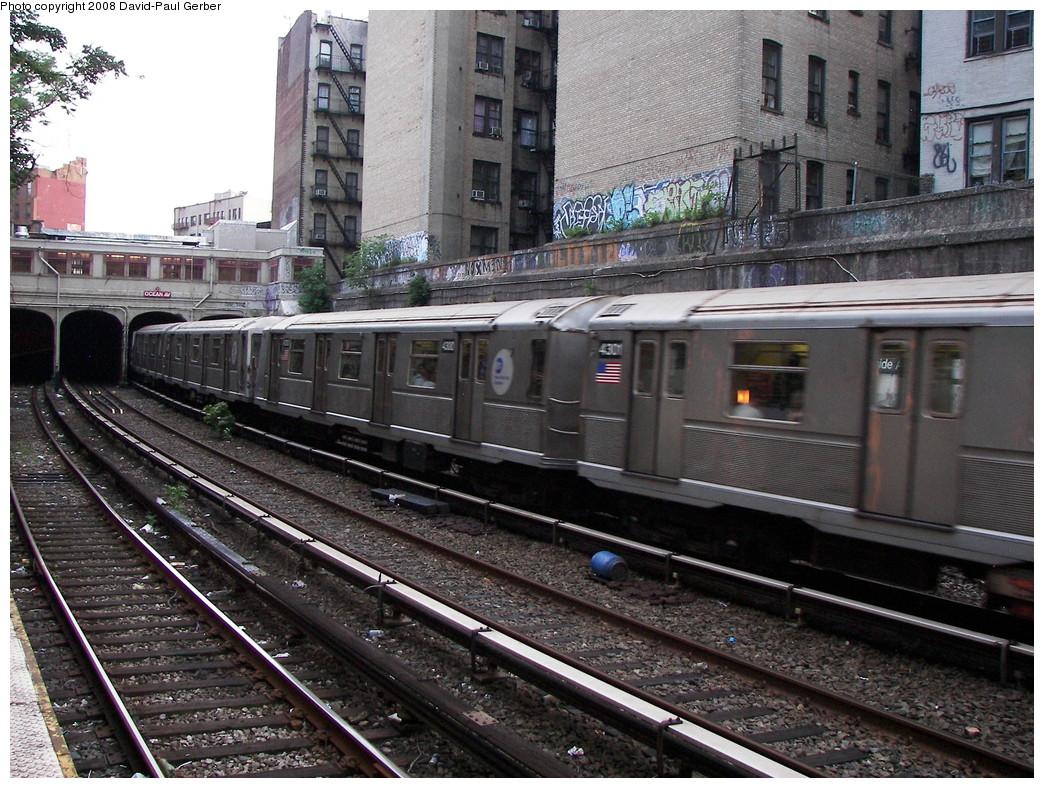 (345k, 1044x788)<br><b>Country:</b> United States<br><b>City:</b> New York<br><b>System:</b> New York City Transit<br><b>Line:</b> BMT Brighton Line<br><b>Location:</b> Parkside Avenue <br><b>Route:</b> B<br><b>Car:</b> R-40 (St. Louis, 1968)  4301 <br><b>Photo by:</b> David-Paul Gerber<br><b>Date:</b> 6/27/2008<br><b>Viewed (this week/total):</b> 2 / 1284