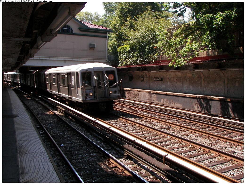 (392k, 1044x788)<br><b>Country:</b> United States<br><b>City:</b> New York<br><b>System:</b> New York City Transit<br><b>Line:</b> BMT Brighton Line<br><b>Location:</b> Beverley Road <br><b>Route:</b> B<br><b>Car:</b> R-40 (St. Louis, 1968)  4342 <br><b>Photo by:</b> David-Paul Gerber<br><b>Date:</b> 8/18/2008<br><b>Viewed (this week/total):</b> 2 / 1560