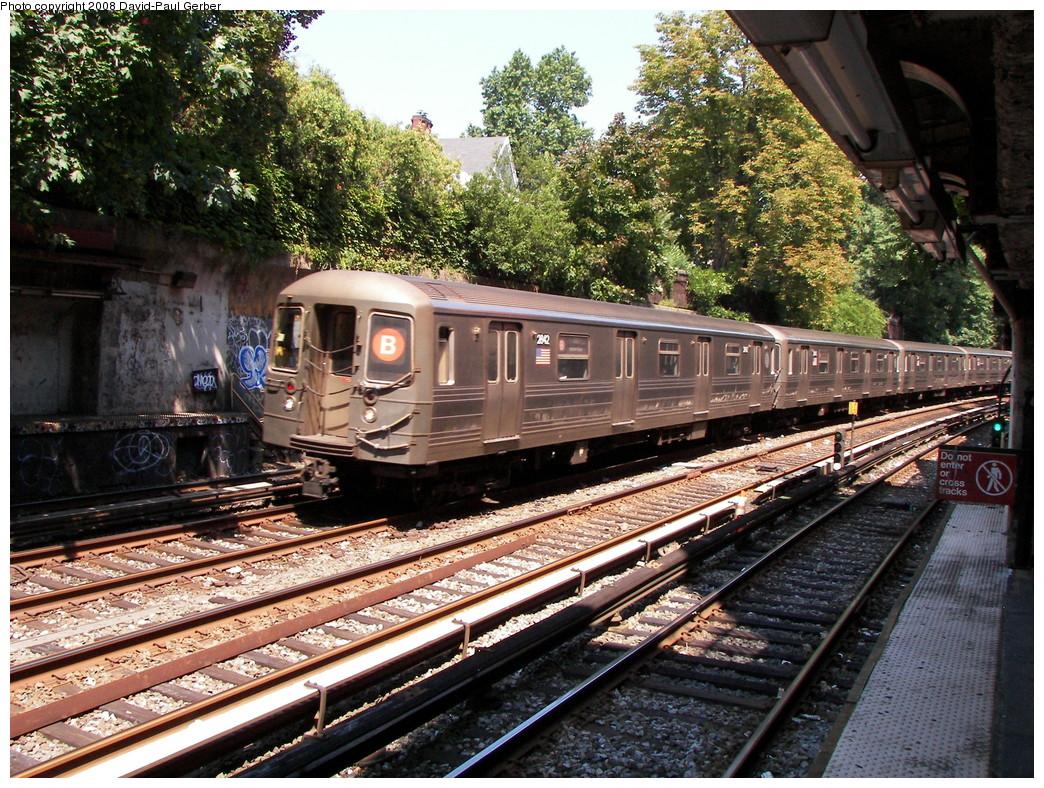(407k, 1044x788)<br><b>Country:</b> United States<br><b>City:</b> New York<br><b>System:</b> New York City Transit<br><b>Line:</b> BMT Brighton Line<br><b>Location:</b> Beverley Road <br><b>Route:</b> B<br><b>Car:</b> R-68 (Westinghouse-Amrail, 1986-1988)  2842 <br><b>Photo by:</b> David-Paul Gerber<br><b>Date:</b> 8/18/2008<br><b>Viewed (this week/total):</b> 1 / 1372