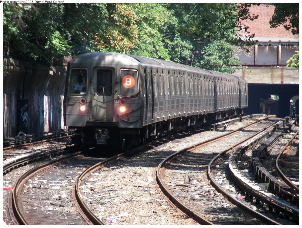 (384k, 1044x788)<br><b>Country:</b> United States<br><b>City:</b> New York<br><b>System:</b> New York City Transit<br><b>Line:</b> BMT Brighton Line<br><b>Location:</b> Beverley Road <br><b>Route:</b> B<br><b>Car:</b> R-68A (Kawasaki, 1988-1989)  5110 <br><b>Photo by:</b> David-Paul Gerber<br><b>Date:</b> 8/18/2008<br><b>Viewed (this week/total):</b> 0 / 1810