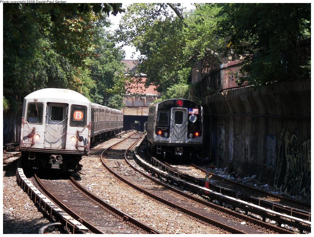 (414k, 1044x788)<br><b>Country:</b> United States<br><b>City:</b> New York<br><b>System:</b> New York City Transit<br><b>Line:</b> BMT Brighton Line<br><b>Location:</b> Beverley Road <br><b>Route:</b> B<br><b>Car:</b> R-40M (St. Louis, 1969)  4471 <br><b>Photo by:</b> David-Paul Gerber<br><b>Date:</b> 8/18/2008<br><b>Viewed (this week/total):</b> 0 / 2023
