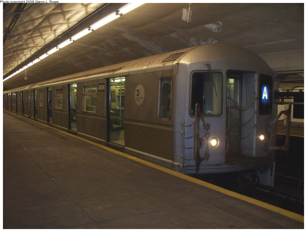 (153k, 1044x788)<br><b>Country:</b> United States<br><b>City:</b> New York<br><b>System:</b> New York City Transit<br><b>Line:</b> IND 8th Avenue Line<br><b>Location:</b> 190th Street/Overlook Terrace <br><b>Route:</b> A<br><b>Car:</b> R-40M (St. Louis, 1969)  4504 <br><b>Photo by:</b> Glenn L. Rowe<br><b>Date:</b> 8/18/2008<br><b>Viewed (this week/total):</b> 0 / 1489