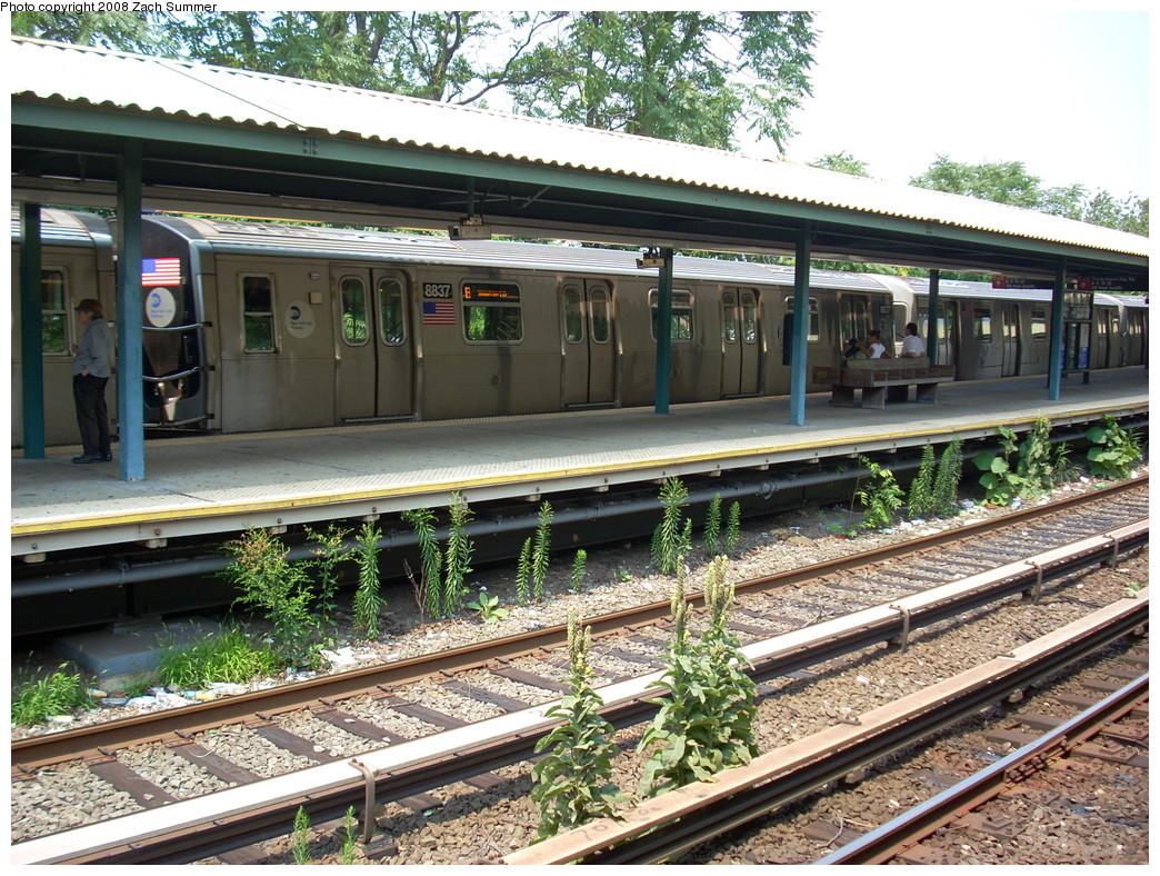 (362k, 1044x788)<br><b>Country:</b> United States<br><b>City:</b> New York<br><b>System:</b> New York City Transit<br><b>Line:</b> BMT Brighton Line<br><b>Location:</b> Sheepshead Bay <br><b>Route:</b> B testing<br><b>Car:</b> R-160B (Kawasaki, 2005-2008)  8837 <br><b>Photo by:</b> Zach Summer<br><b>Date:</b> 7/30/2008<br><b>Viewed (this week/total):</b> 0 / 2781