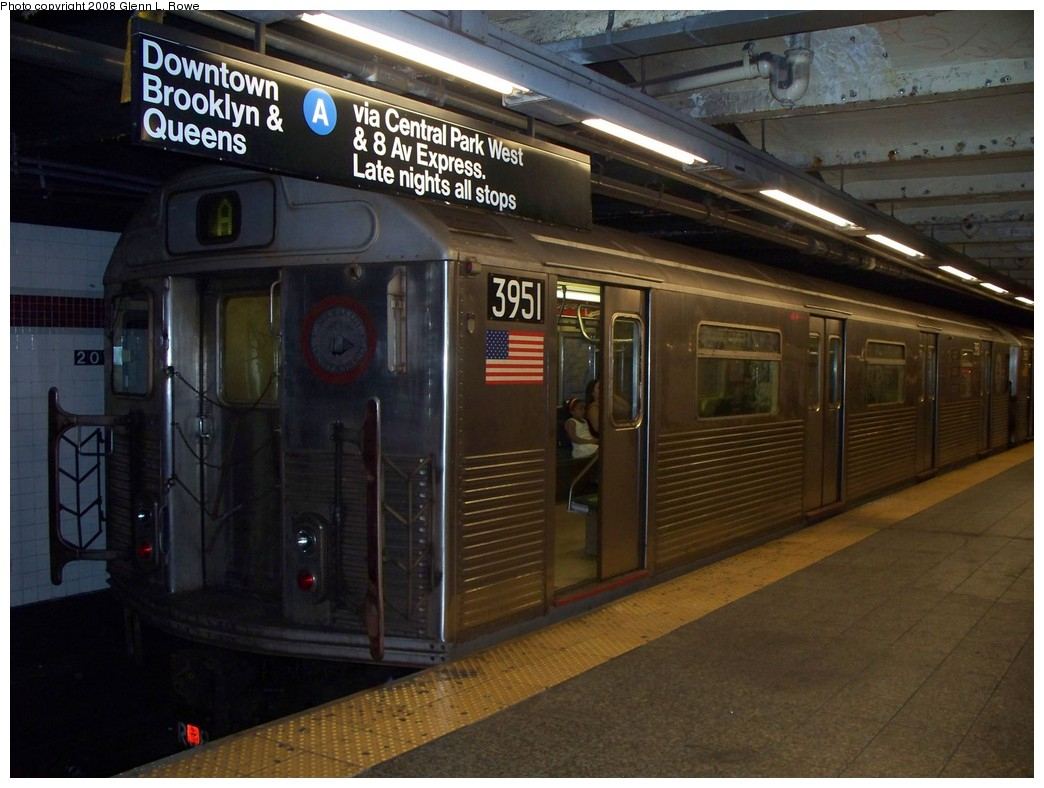 (201k, 1044x788)<br><b>Country:</b> United States<br><b>City:</b> New York<br><b>System:</b> New York City Transit<br><b>Line:</b> IND 8th Avenue Line<br><b>Location:</b> 207th Street <br><b>Route:</b> A<br><b>Car:</b> R-38 (St. Louis, 1966-1967)  3951 <br><b>Photo by:</b> Glenn L. Rowe<br><b>Date:</b> 8/20/2008<br><b>Viewed (this week/total):</b> 0 / 1638